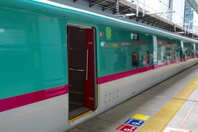 東北新幹線『はやぶさ』