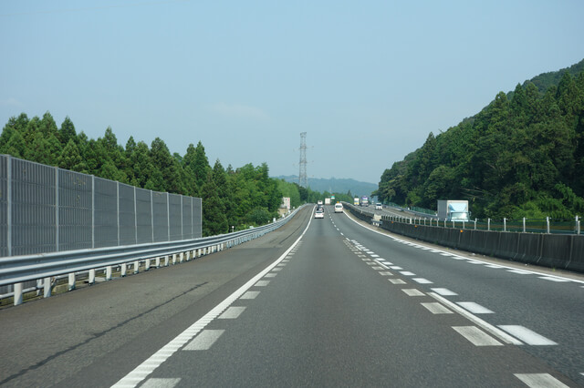 名神高速道路(岐阜県大垣市)