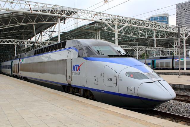韓国高速鉄道『KTX』