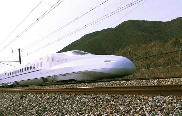 新幹線N700系さくら・みずほ