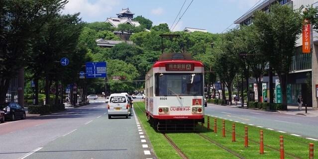 熊本城と市電